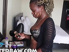 I am ladygold Nigerian female pornstar enjoy my sex intro