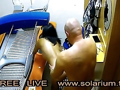Couple Fucked in the real public solarium with hidden camera filmed