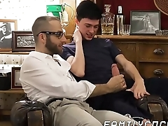 Skinny youngster cums while barebacked by stepdaddy