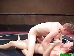 Dicksucking athletic jock gets facialized