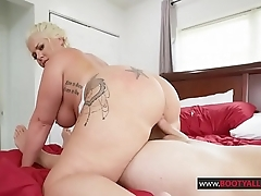 Ashley Barbie Thick Maid Ready To Fuck